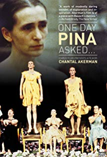 On Tour with Pina Bausch kapak