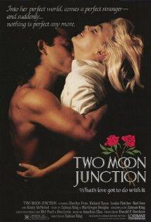 Two Moon Junction kapak
