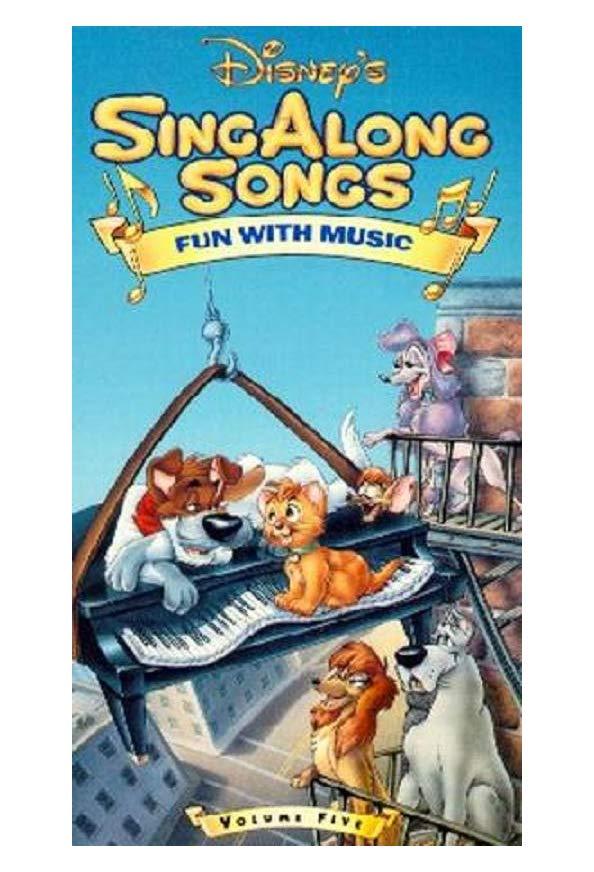 Disney Sing Along Songs: 101 Notes of Fun kapak