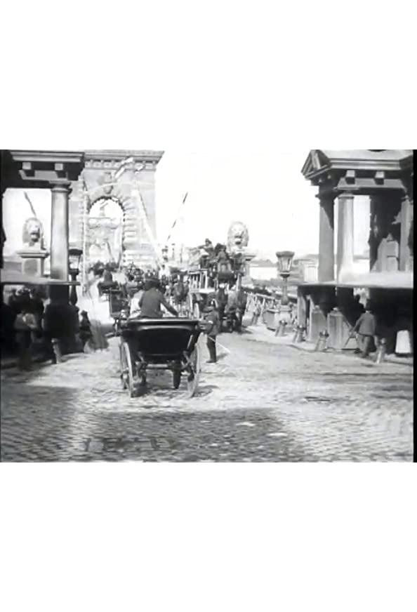 Budapest, pont suspendu kapak