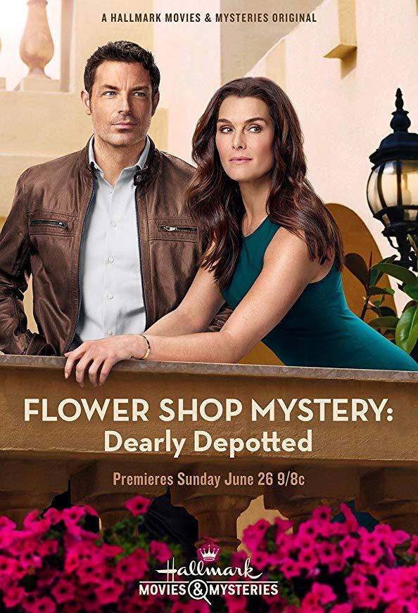 Flower Shop Mystery: Dearly Depotted kapak