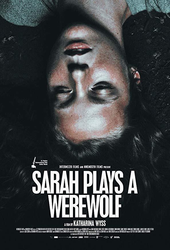 Sarah Plays a Werewolf kapak
