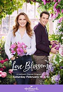 Love Blossoms kapak