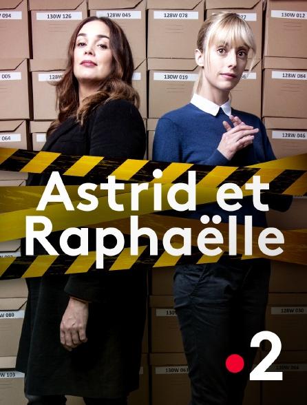 Astrid et Raphaëlle kapak
