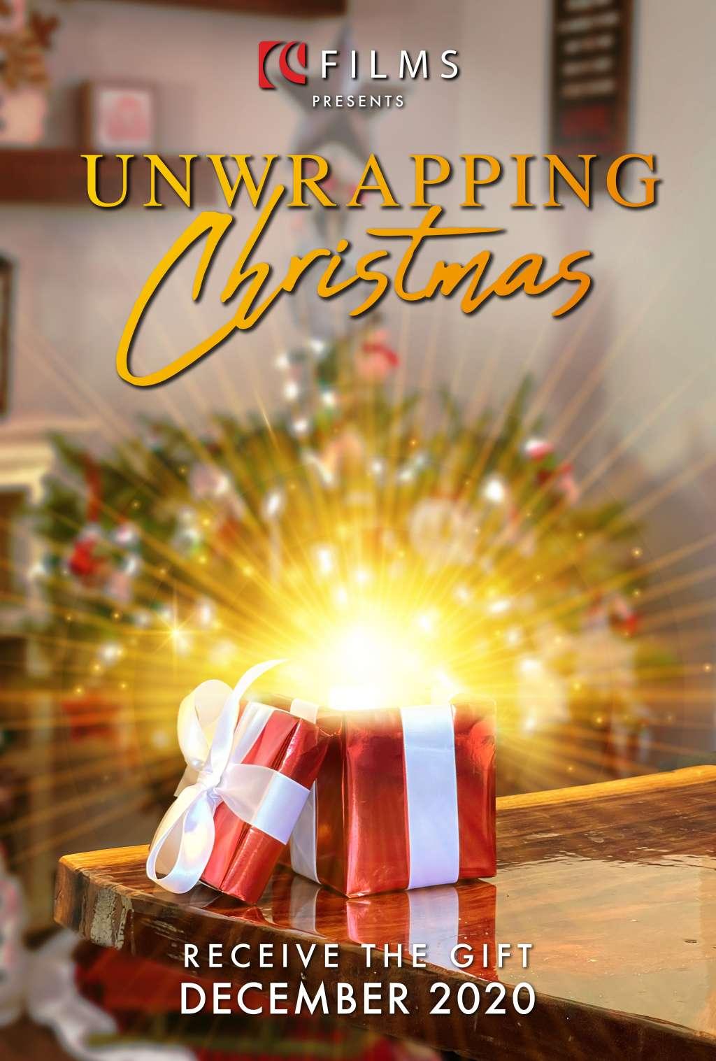 Unwrapping Christmas kapak