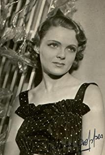 Victoria Hopper