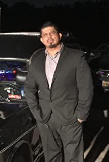 Jose J Santana