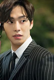 Hyo-Seop Ahn