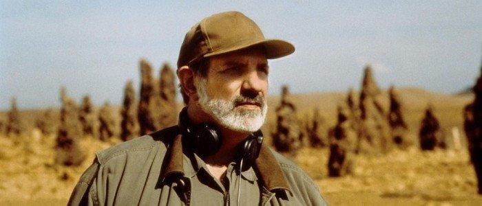 """Brian De Palma """"Domino""""da Christina Hendricks'in Yönetmenliğini Yapacak"""