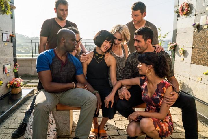 """Netflix """"Sense8""""i Resmi Olarak İki Sezon Ardından İptal Ediyor"""