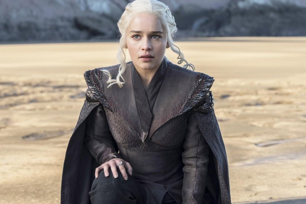 Emilia Clarke İlişki Teorinizi Yok Etmiş Olabilir