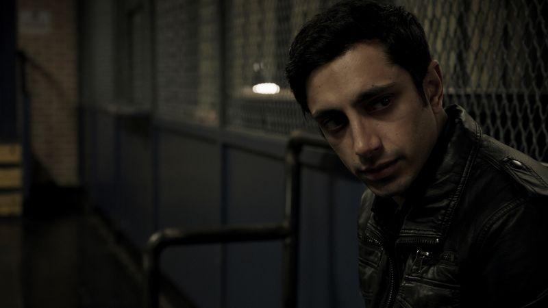 """Emmy Ödüllü Riz Ahmed, """"Hamlet"""" için Netflix ile Görüşmelere Başladı"""