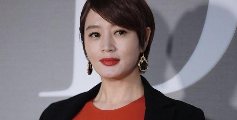 Kim Hye Soo ile Hyena için Görüşülüyor